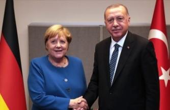 Erdoğan ile Merkel'den 'Doğu Akdeniz' görüşmesi
