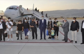 Avrupa'dan Kahramanmaraş Havalimanı'na ilk kez iniş yapan yolcu uçağı törenle karşılandı