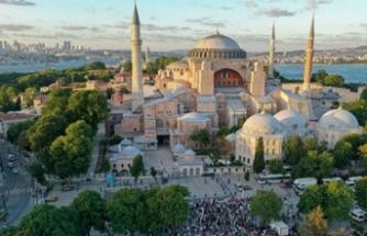 Emine Erdoğan'dan Ayasofya sevinci