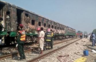 Feci kaza: Tren otobüse çarptı: Onlarca ölü var!
