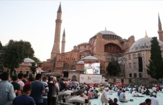 Ayasofya Camii'ne Kurban Bayramı'nın son gününde de ilgi sürüyor