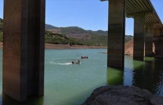 Baraj gölü tahliye edilmişti: Arama çalışmalarına yeniden başlandı