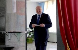 Belarus'ta Cumhurbaşkanlığı seçiminin galibi Lukaşenko