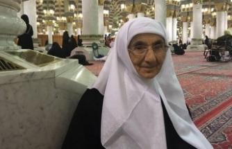 Dr. Ayşe Hümeyra Ökten Hanımefendi Medine-i Münevvere'de Hakk'a yürüdü