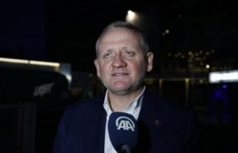 Göksel Gümüşdağ: Havai fişeklerin görüntüleri alındı, UEFA'ya bildireceğiz
