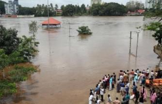 Muson felaketi: Binlerce kişi hayatını kaybetti!