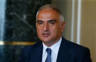 Bakan Ersoy: Aziz milletimizin her ferdini dilimizi korumaya davet ediyorum