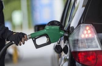 Benzin fiyatları zamlandı