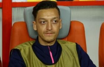 Mesut Özil'den yardım çağrısı