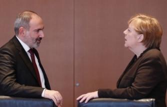 Paşinyan, Merkel'e ağladı: Türkiye'yi durdurun