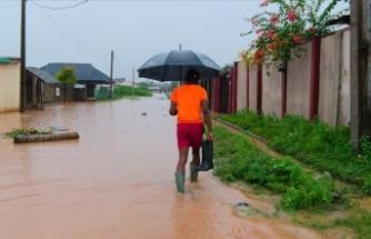 Seller yaklaşık 300 bin kişiyi yerinden etti