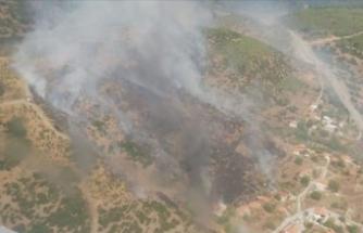 Yerleşim yerlerini tehdit eden orman yangını kontrol altına alınmaya çalışılıyor!