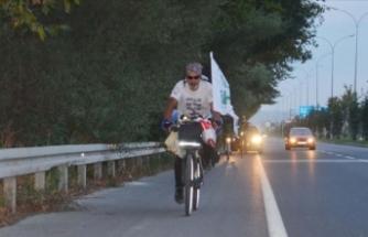 Yetimler için bisikletle Malatya'dan yola çıktı Kütahya'ya geldi