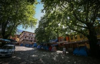 Cumalıkızık'ta mimariyi kapatan tezgahlar kaldırılacak