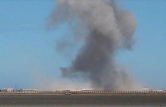 Husiler Suudi Arabistan'daki havalimanını vurdu
