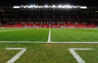 Manchester United, stadını Kovid-19'a göre düzenledi