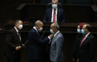Partilerinden istifa ederek AK Parti'ye katıldılar!