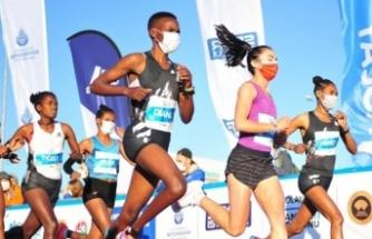 İstanbul Maratonu 5400 çocuk için umut oldu