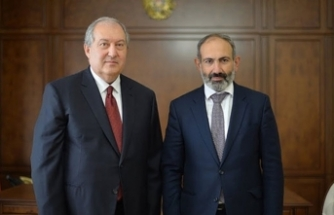 Sarkisyan yenilginin faturasını Paşinyan'a kesti: İstifa istedi