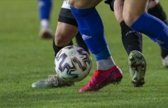 10 futbolcunun Kovid-19 testi pozitif çıktı