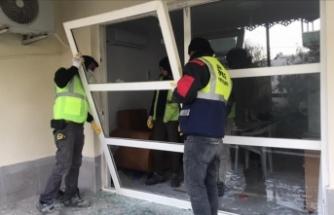 Planlı patlatmada evlerde oluşan hasar gideriliyor