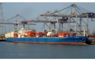Deniz haydutlarının saldırdığı gemi Gabon'un Gabon Port-Gentil Limanı'na hareket etti
