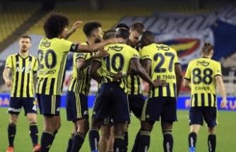 Fenerbahçe Kayserispor'u kolay geçti