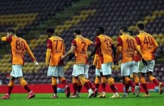 Galatasaray Özil transferine cevap arıyordu: İşte o isim