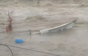 Hatay'da tekneler zarar gördü
