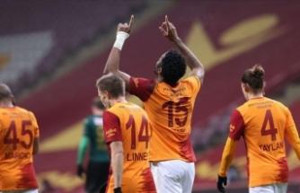 Musleralı Galatasaray farklı kazandı