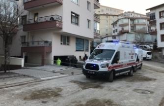 Üç gencin cansız bedenleri garajda bulundu