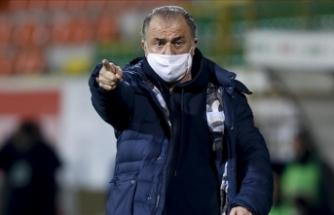 Fatih Terim ısrarla istiyordu: Galatasaray transferde ilk imzayı attı