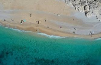 Kaputaş Plajı'nda deniz, kum ve güneş