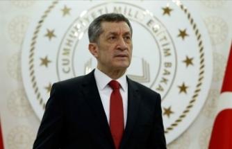 Ziya Selçuk'tan erteleme açıklaması: Hızlı vaka artışı nedeniyle...