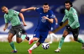 Chelsea, Everton'ı kolay geçti