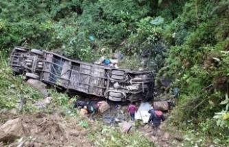 Facia gibi kaza: Otobüs uçuruma yuvarlandı, 21 ölü, 20 yaralı