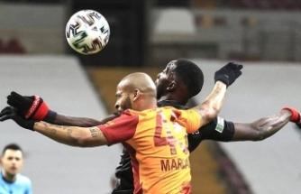 Falcao Galatasaray'a yetmedi