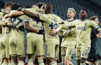 Fenerbahçe'de peş peşe ayrılıklar: 4 yıldız birden