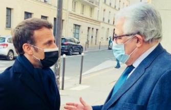 Macron kapatmadığı camilerden birini ziyaret etti