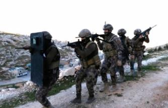 Mağaralara drone destekli operasyon: Çok sayıda gözaltı