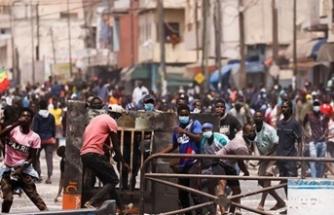 Ülke karıştı: Dışişleri Bakanı onları suçladı
