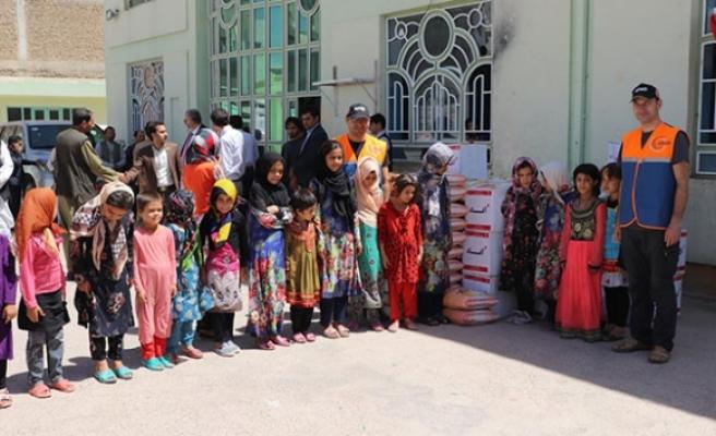 Türkiye'den Afganistan'a insani yardım