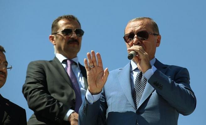Başkan Erdoğan: Malazgirt'te nasıl bir millet olduğumuzu cümle aleme ilan ettik