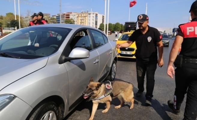 İstanbul'un giriş çıkışlarında yoğun önlemler