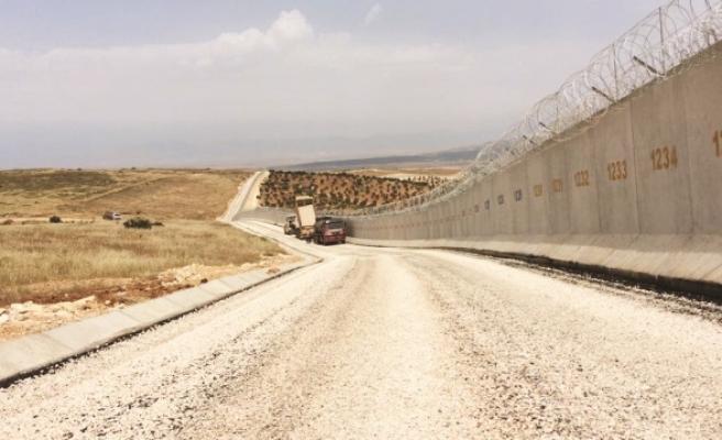 950 km'lik sınır hattı geçilmez kılındı