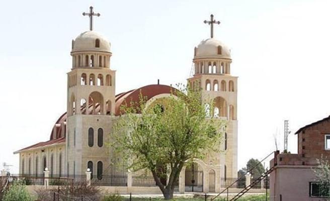 Avrupa'da cemaatsiz kalan kiliseler satılıyor