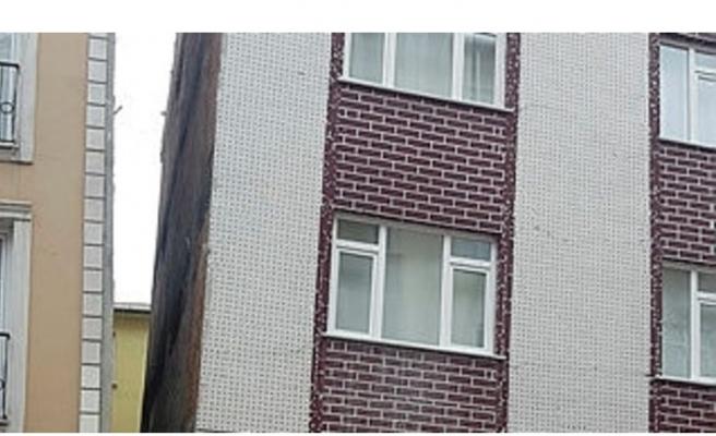 Bağcılar'da 5 katlı bina boşaltıldı