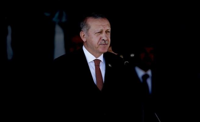 Cumhurbaşkanı Recep Tayyip Erdoğan, bu millete ihanet edenlerin peşini bırakmayacağız.