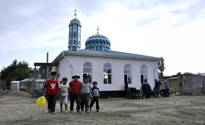 İHH, Kırgızistan'da üç cami inşa etti