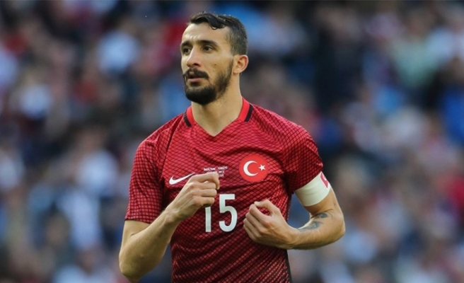 Mehmet Topal, Milli Takım kadrosundan çıkarıldı